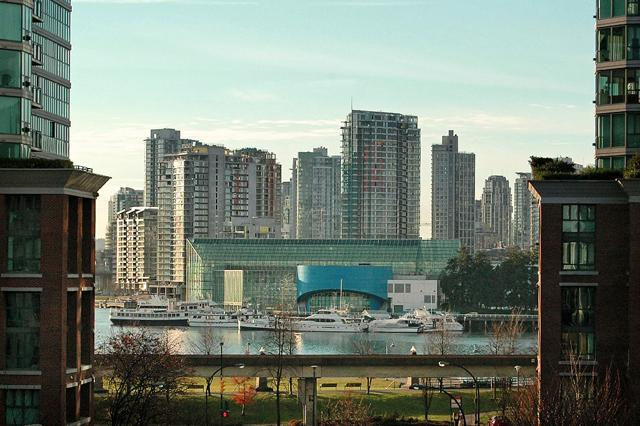 The Ivanhoe Hotel Vancouver