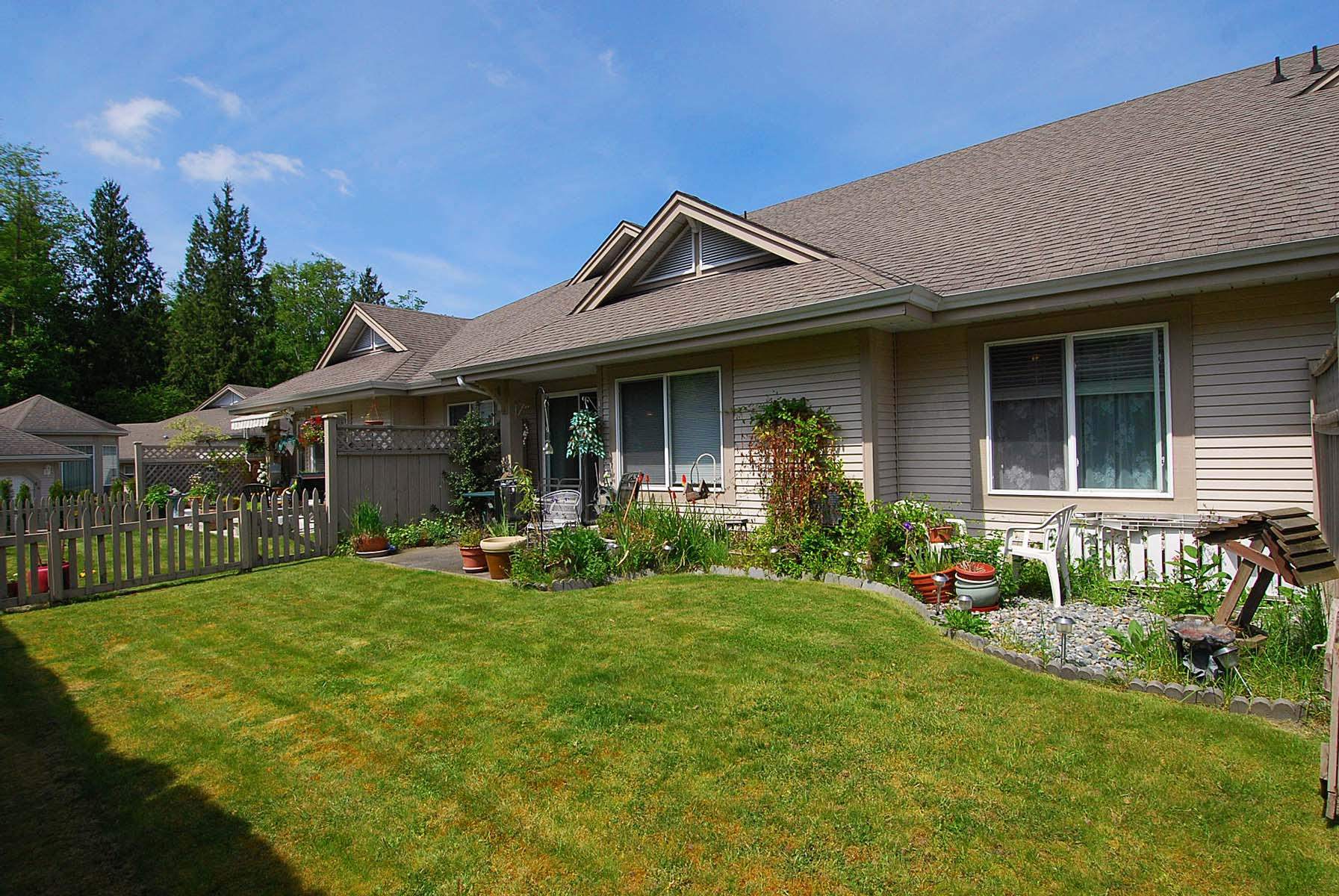 Virtual Tour Of 76 9025 216th St Langley Mls